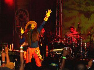 Erykah Badu winds the Tusker Lite Experience in Style